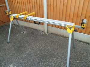De Walt Extendable Mitre Saw Bench with Fittings