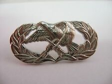 Military Pin Eagle Holding Bomb & Arrow G23 Silver Tone Service Award