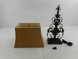 Signature Design by Ashley L200064 Sallee Vintage Table Lamp, Bronze