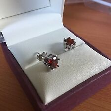 6-pin Small 5.5mm red garnet, white gold stud earrings Swarovski Elements CRUISE