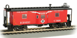 Bachmann-Steel Bay Window Caboose - Ready to Run -- Erie #C326 (red, white, blac