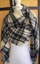 Modcloth Loch and Key Scarf Black White Gray Plaid Fabfitfun Blanket Shawl Wrap