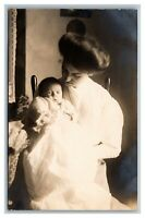 Portrait Mother and Baby Girl 10 weeks AZO RPPC Real Photo Postcard 1904-18