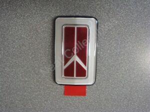 NOS OEM Oldsmobile Achieva Grille Emblem 1992 - 98