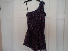 URBAN ANGEL FLORAL PLAYSUIT SIZE 6