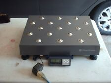 PITNEY BOWES JB64 200 lb Ball Top Bench Shipping Scale with Display