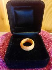 Ring aus Holz in sehr schönem Muster Größe: 18 mm