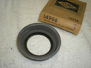 56 1956 PLYMOUTH V8 CANADIAN TIMING COVER SEAL