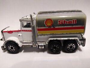 Vintage 1981 Matchbox Peterbilt Shell Tanker Truck 1-80 Toy Car