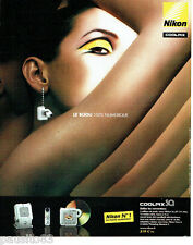 PUBLICITE ADVERTISING 056  2003  Nikon appareil photo coolpix