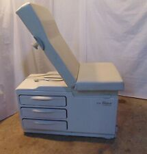 Midmark 204 Manual Medical Examination Table Chair In Good Condition S6182