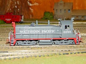 Rapido Trains #27557 Southern Pacific EMD SW1200 #2285 DCC/Sound NEW