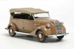 Tamiya Model kit 1/35 Toyota Model AB Phaeton
