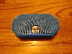 Altec Lansing Mini H2O Bluetooth Speaker (READ DESCRIPTION)