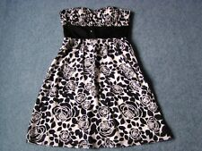Women Strapless Dress WHITE HOUSE BLACK MARKET Lined Ruched Top& Sequins Sz4 NEW