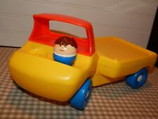 VINTAGE LITTLE TIKES TODDLE TOTS FLATBED TRUCK W/ CHUNKY BOY FIGURE GUC
