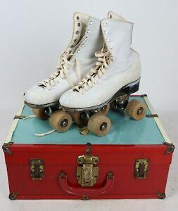 Antique Vintage Ladies 5 1/2 Chicago Roller Skates Wood Wheels Oak Sole w/ Case