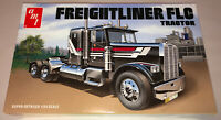 AMT Freightliner FLC Semi Tractor 1:24 scale model truck kit new 1195
