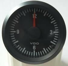 """VDO """"International"""" Quarzuhr 24V 24 Volt"""