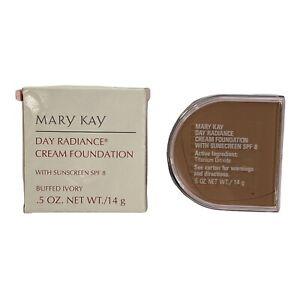 Mary Kay BUFFED IVORY #6300 Day Radiance Cream Foundation NOS FREE Shipping!