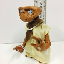 ET The Extra Terrestrial Action Figure Lady Light Up Talking Universal 2001