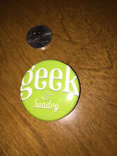 """SDCC San Diego Comic Con 2014 Green w/ White Text Button """"Geek & Sundry"""" New"""