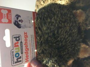 Outward Hound Hedgehogz