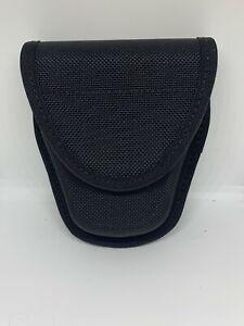 BLACKHAWK! Single Handcuff Pouch 44A100BK MOLDED CORDURA - BLACK