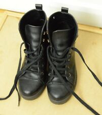 Topshop Women boots Shoes Heels Size 4 Perfect condition