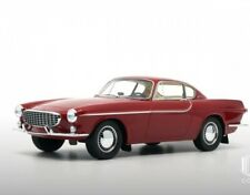 Volvo P1800 (1961) - rot 1:18  DNA Collectibles