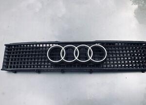 Audi 90 Grill