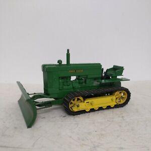 1/16 Eska Vintage John Deere Crawler Tractor With Blade
