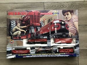 Athearn Case IH HO Scale Train Set from 1999