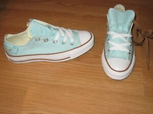 CONVERSE ALLSTAR OX TURQUOISE BUMBLE BEE W 5 SO CUTE!!
