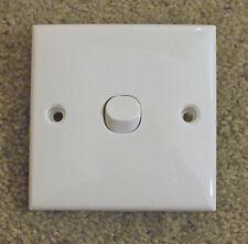 CLIPSAL  Square single light switch, White   2way,   E31/2/3SA