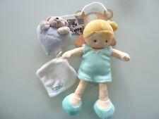 8- DOUDOU BABY NAT POUPEE FILLE BLONDE ROBE BLEU VERT MOUCHOIR BLANC 26cms NEUF