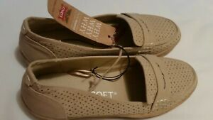 Rivers Size 41 Riversoft Enclosed Low Heel Sand Coloured Shoe Was AUD $40