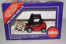 Siku Germany 1717 Forklift Truck, 1:55 Scale, Lot #1