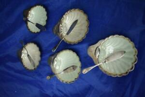 5 x EPNS Shell Shaped Butter Dishes with Glass Inserts and Butter Knives