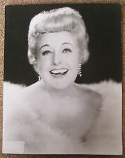 Tessie O'Shea. Original publicity 10 x 8 B/W photo. 1950s.  ' Two Ton Tessie '