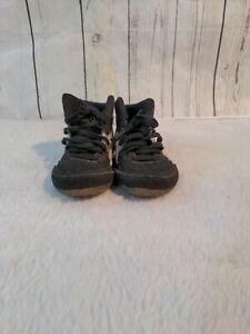 Asics Mosh Wrestling Shoes Youth Size 1 Black and White