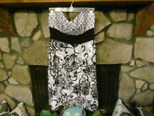 Women's Dress Size S (6) Black & White Formal Dress White House Black Market