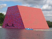 CHRISTO - Repro-Autogramm, 20x27 cm, The Mastaba, London, signed