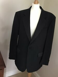 Smart mens black dinner Jacket  Dunn & Co Evening Wear Size 44R With Wool