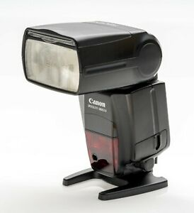 Canon Speedlite 580EX II Shoe Mount Flash With Stand,  Original Case and Box