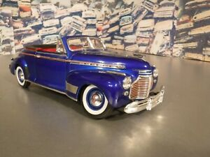 1941 Chevrolet Special Deluxe Convertible by Welly 1/18 scale diecast BLUE
