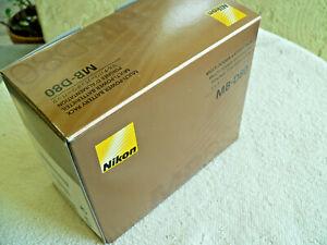 Nikon MB-D80 Vertical Battery Grip for Nikon D80 / D90