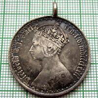 PENDANT - GREAT BRITAIN QUEEN VICTORIA 1872 GOTHIC FLORIN - 2 SHILLINGS, SILVER