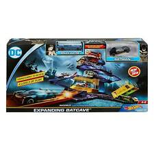 Hot Wheels Expanding Batcave Connectable Play Set