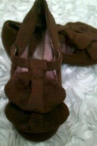 Joyfolie Toddler size 7 Amelie Shoes Brown Faux Suede Ankle Mary Jane Ruffled